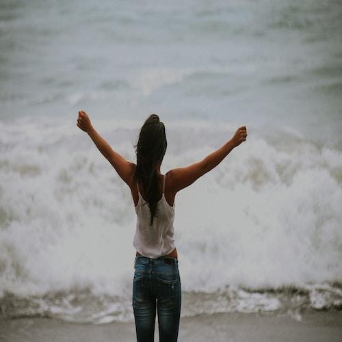 girl freedom beach